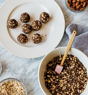 Almond Chia Bites Recipe